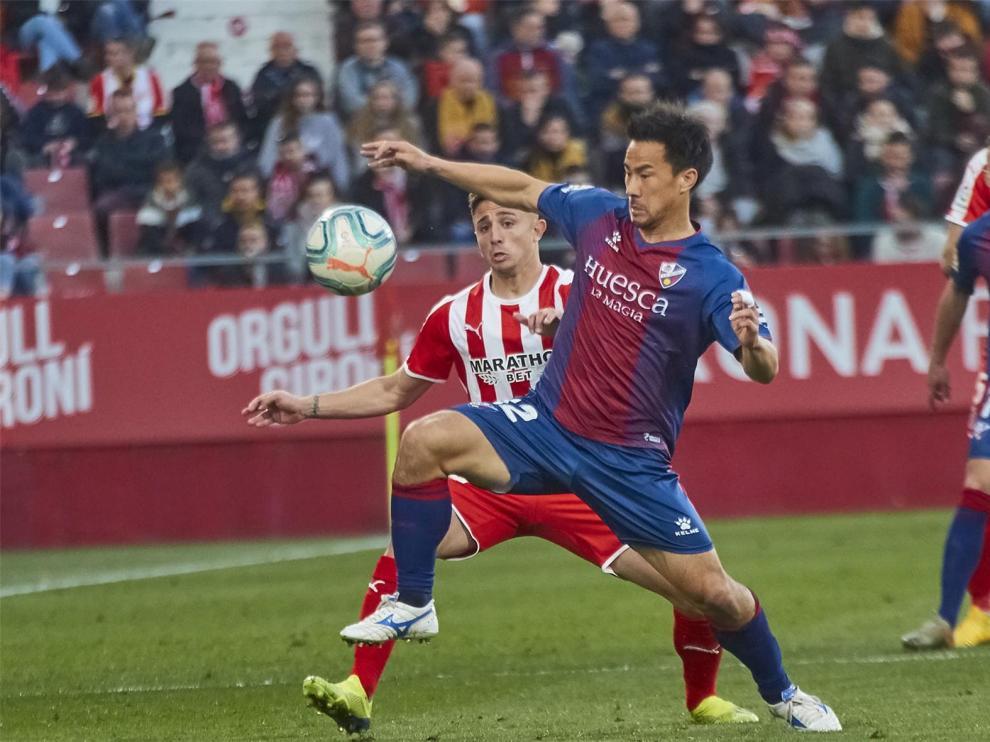 El lateral derecho Maffeo, fichaje de lujo del Huesca para su regreso a Primera