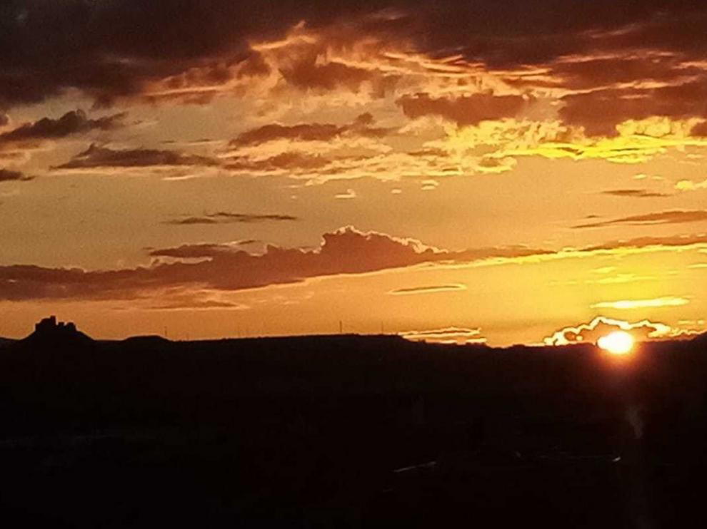 Espectacular amanecer en la Hoya de Huesca