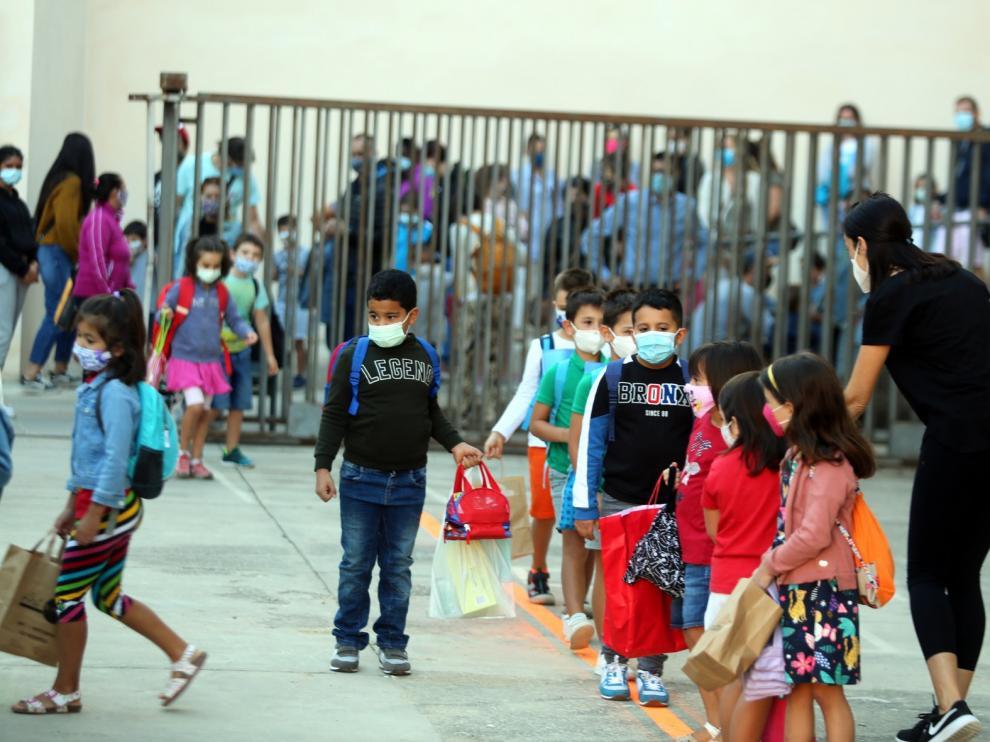 El segundo día de regreso a las aulas transcurre sin incidencias reseñables en Huesca