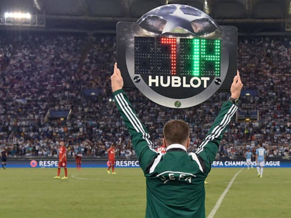 En los partidos de Primera y Segunda División se mantienen los cinco cambios