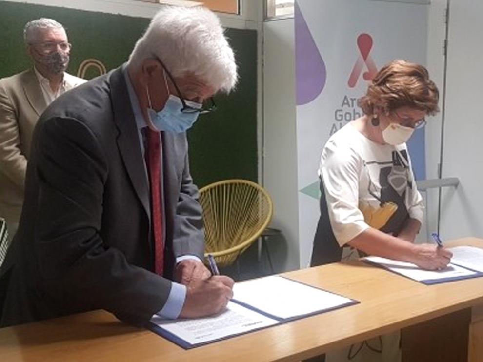 Aragón da 100.000 euros para desmovilizar a niños soldado