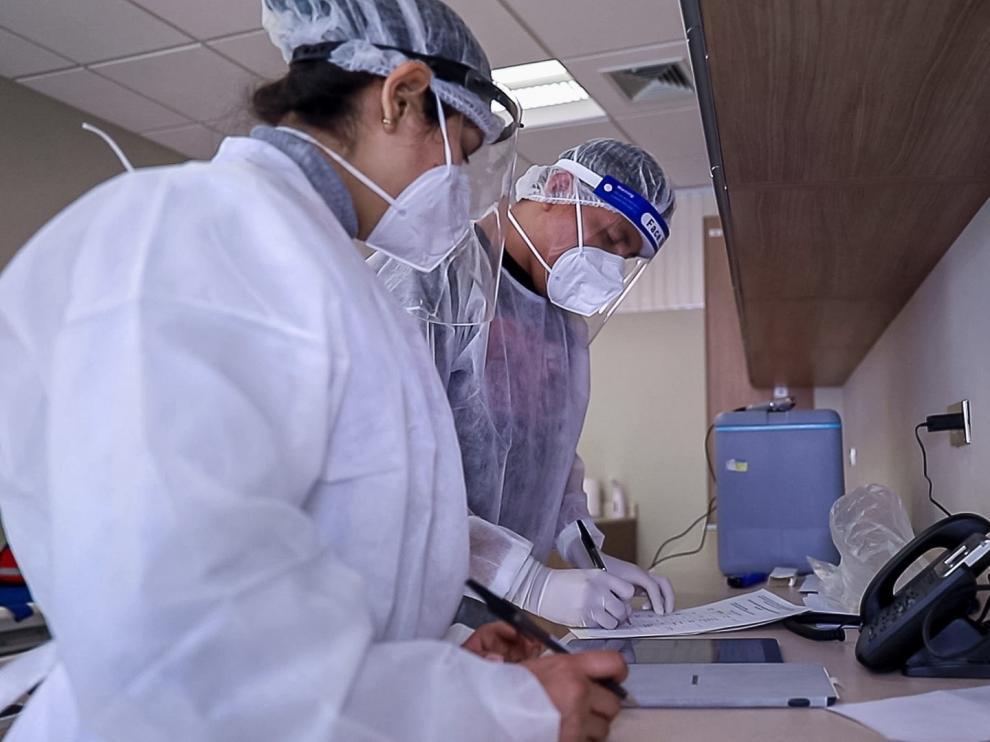 Los muertos por coronavirus superan los 900.000 tras seis meses de pandemia