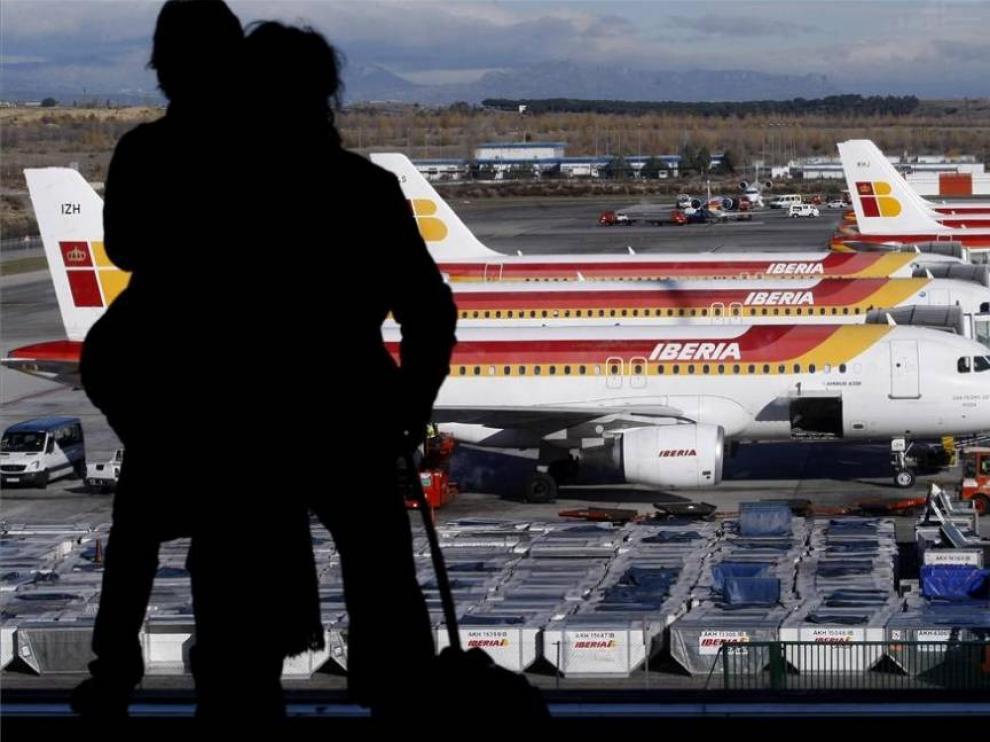 El volumen de viajeros en los aeropuertos Aena disminuye un 69,6 %