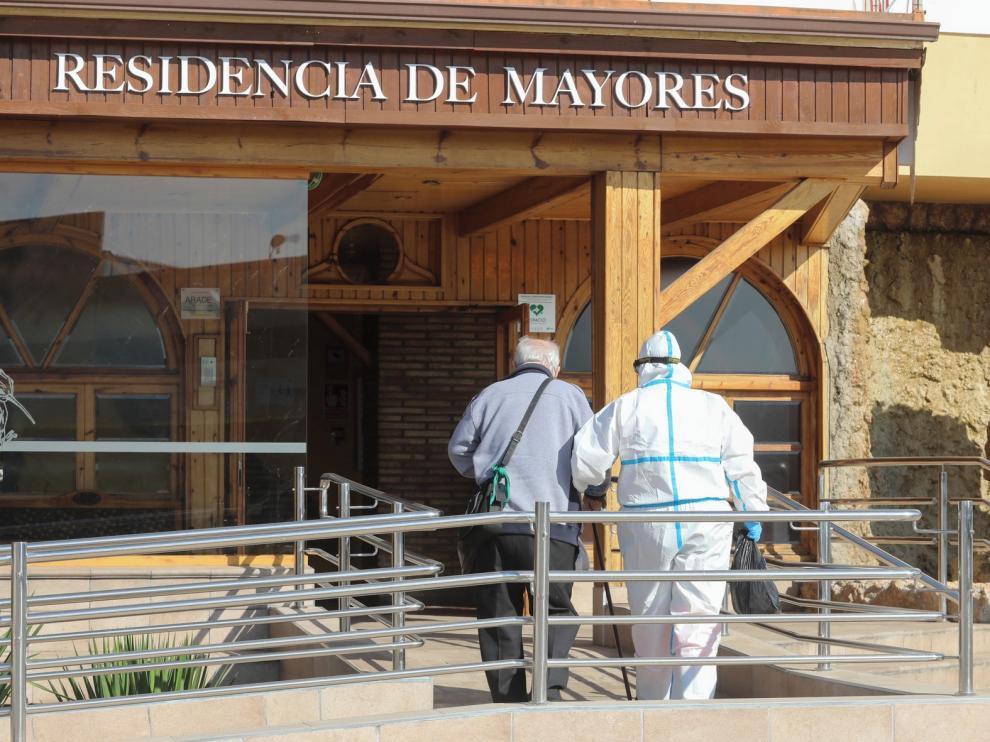 La Residencia La Abubilla, de Yéqueda acoge a siete residentes negativos de la Residencia Hermanitas de los Ancianos Desamparados
