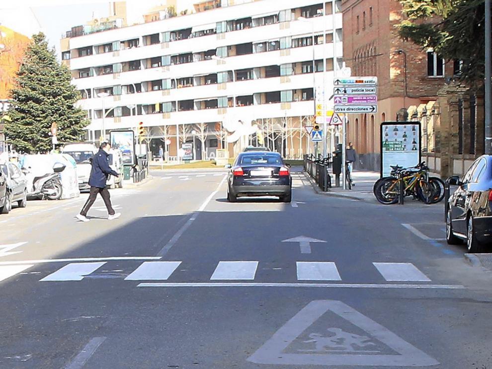 Corte de tráfico en la Avenida Monreal de Huesca
