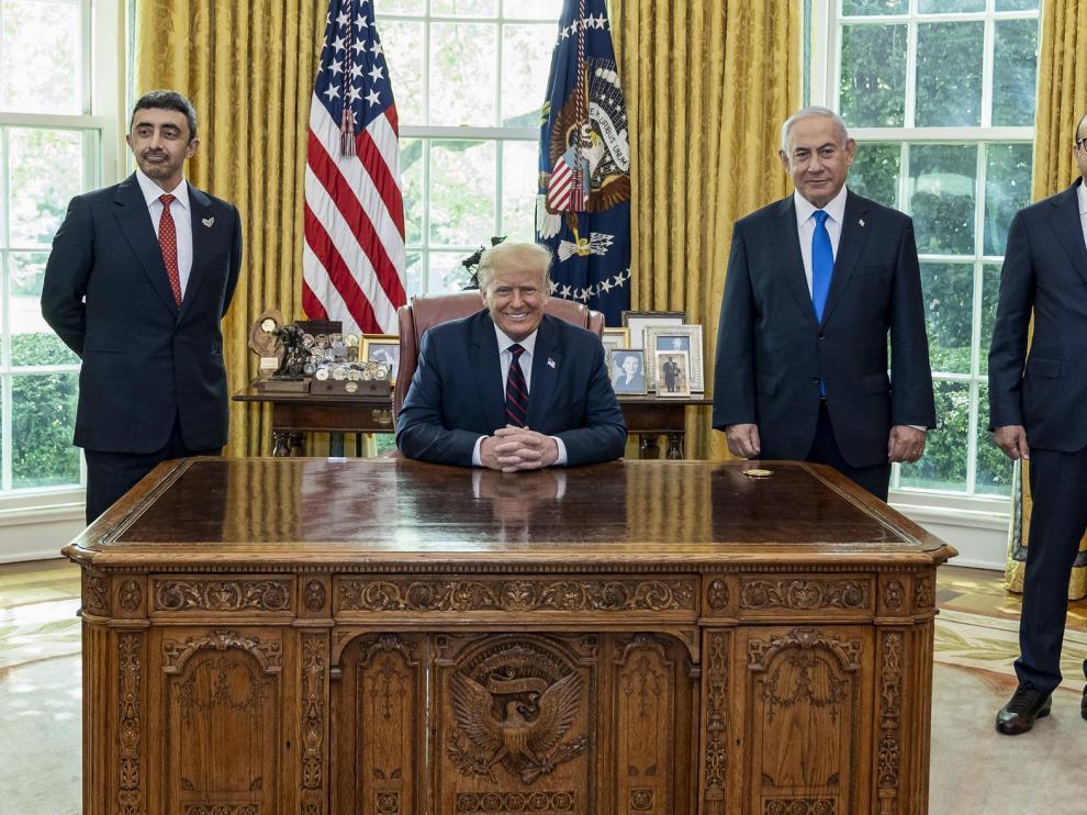 Israel establece lazos con los Emiratos y Baréin en un acto histórico en la Casa Blanca