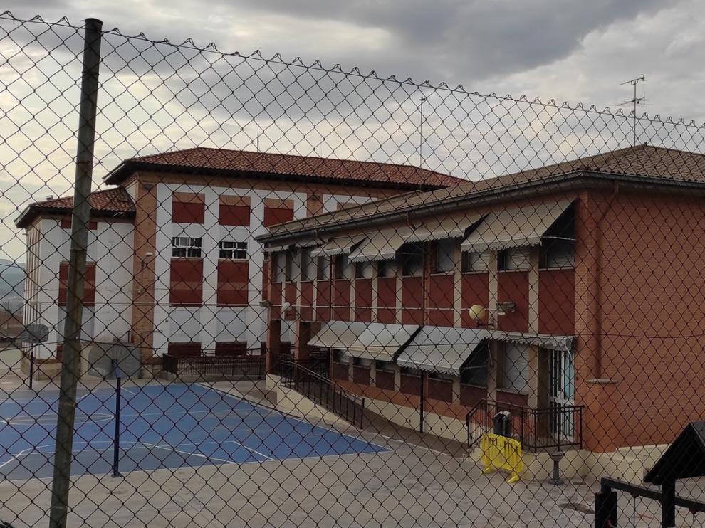 Cierran dos grupos en el Miguel Servet de Fraga y otro la Escuela de Educación Infantil Xiquets