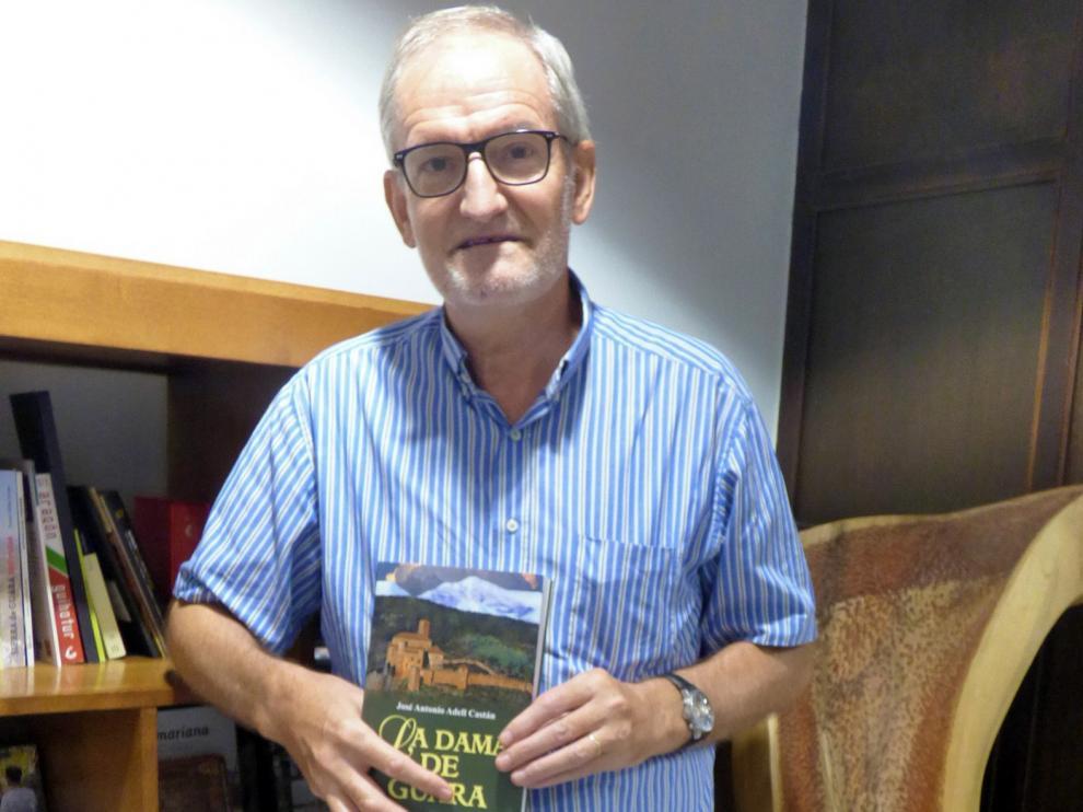 """José Antonio Adell: """"La labor pastoral del cura Cabrero y del monje Bllascut se parecen"""""""
