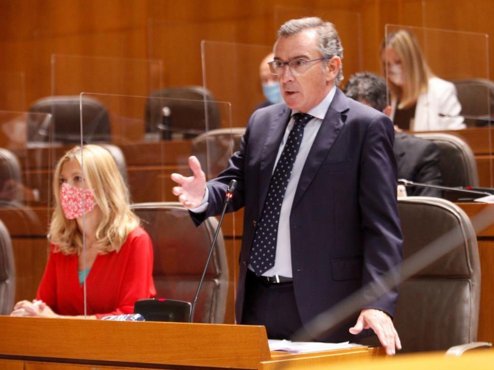 Beamonte pide a Lambán que renueve su Gobierno para mejorar la gestión