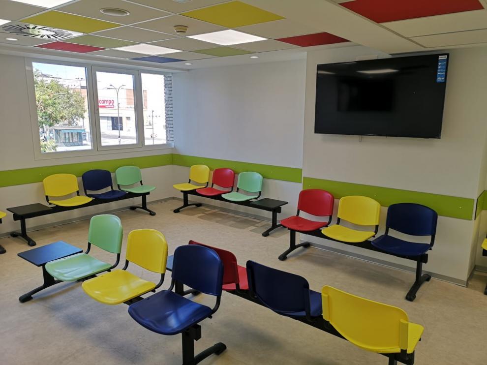 Las Urgencias del Hospital Infantil Miguel Servet renuevan la sala de espera