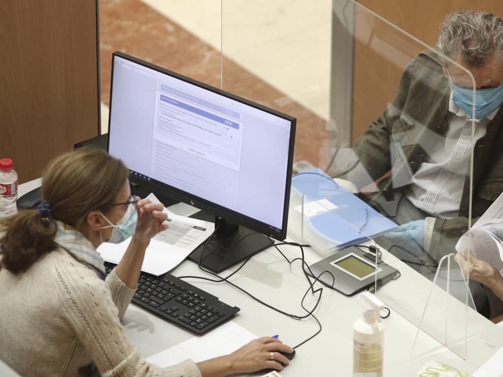 El Defensor del Pueblo pregunta a la Agencia Estatal Tributaria si se multa a los contribuyentes que enfermaron