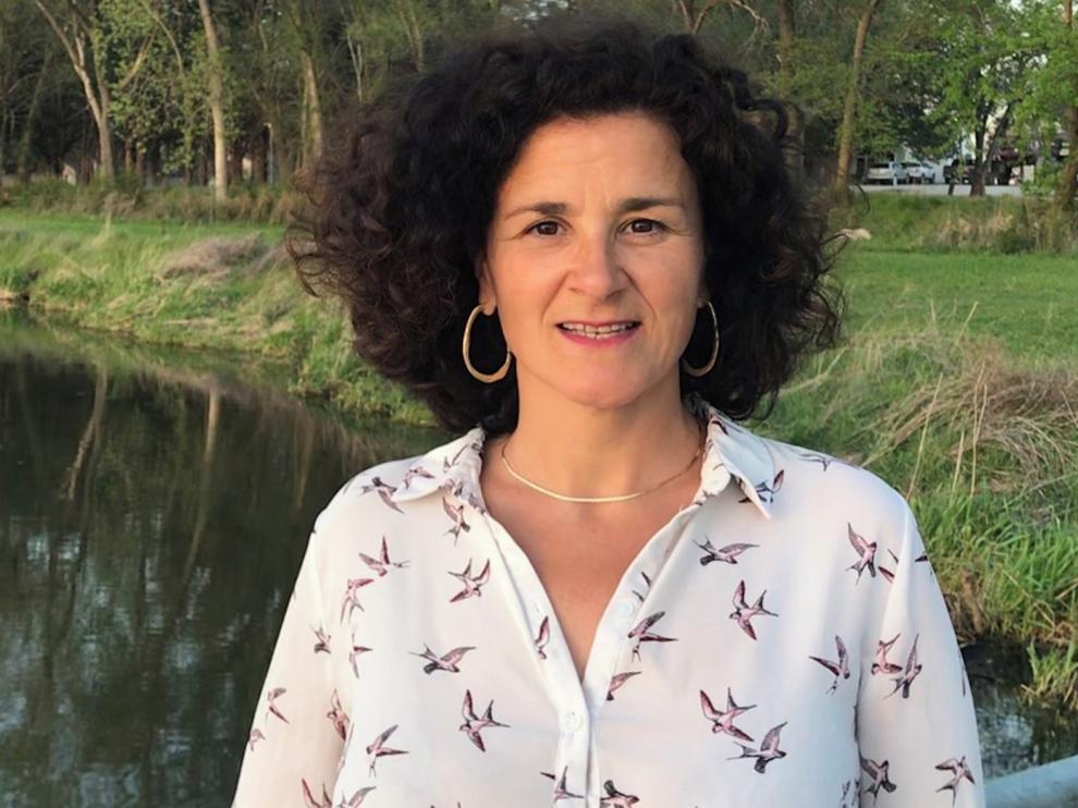 """María P. Cisneros: """"La ficción está inspirada en mi vida y en la de los vecinos del Prepirineo"""""""