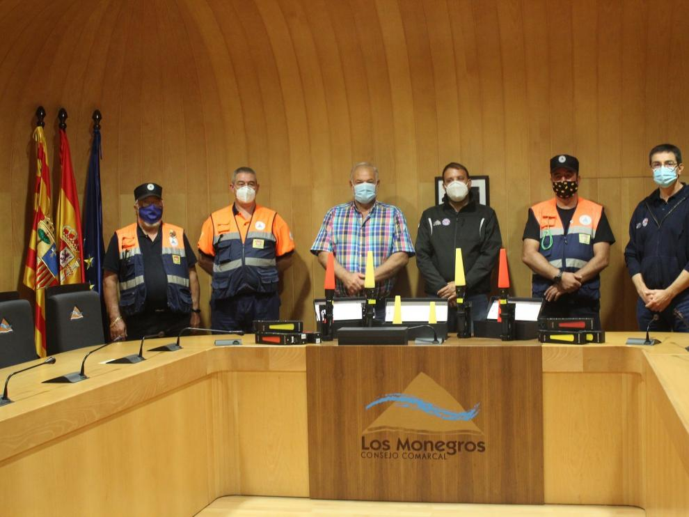 Los Monegros cede a los voluntarios de Protección Civil diverso material para señalización y otras actuaciones