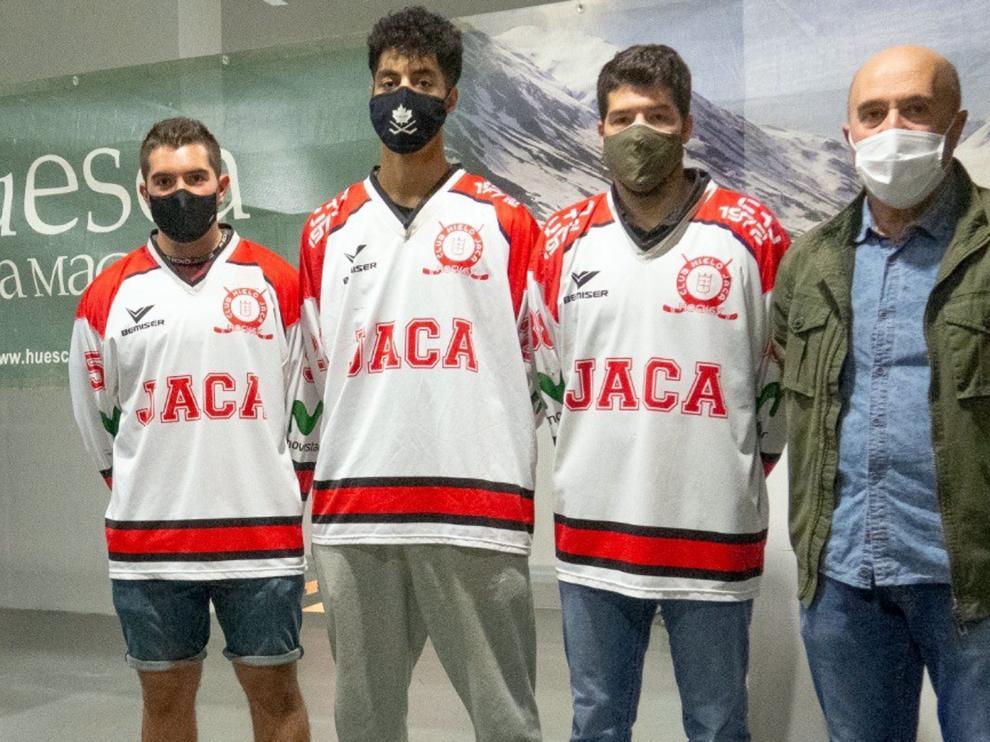 El CH Jaca presenta a sus tres fichajes para esta temporada