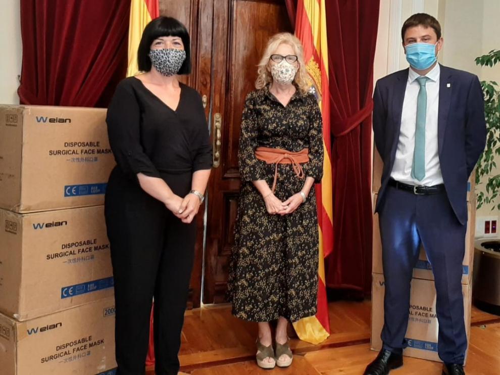 La Subdelegación del Gobierno en Huesca hace entrega de 67.000 mascarillas a entidades sociales y locales