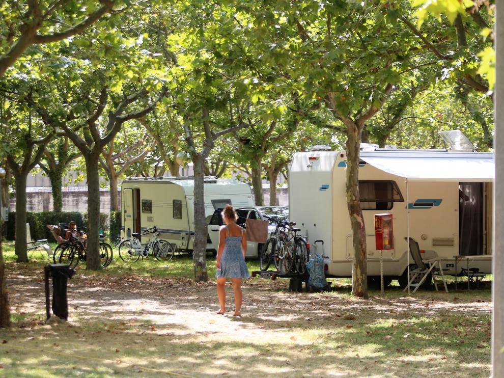 Más de 400 usuarios en el campin San Jorge de Huesca