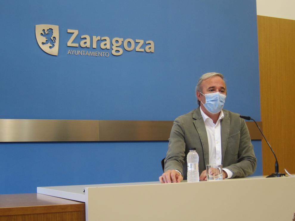 Azcón cree indefendible el borrador de Hacienda de ayudas a consistorios