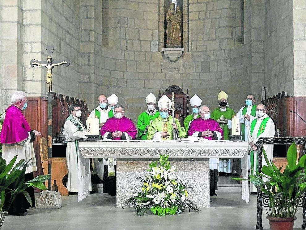El nuncio destaca la trascendencia de la nueva diócesis de Barbastro-Monzón