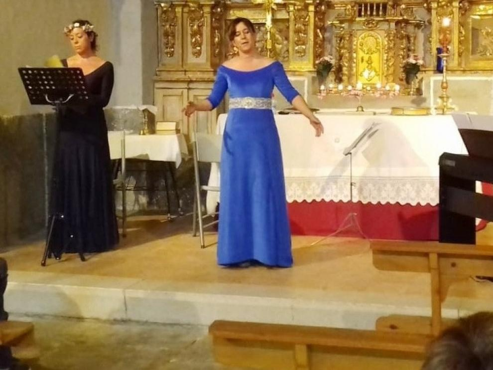 """Laura Asso, Patricia Seral y Edith Artal interpretan """"Los pilares del Serrablo"""""""