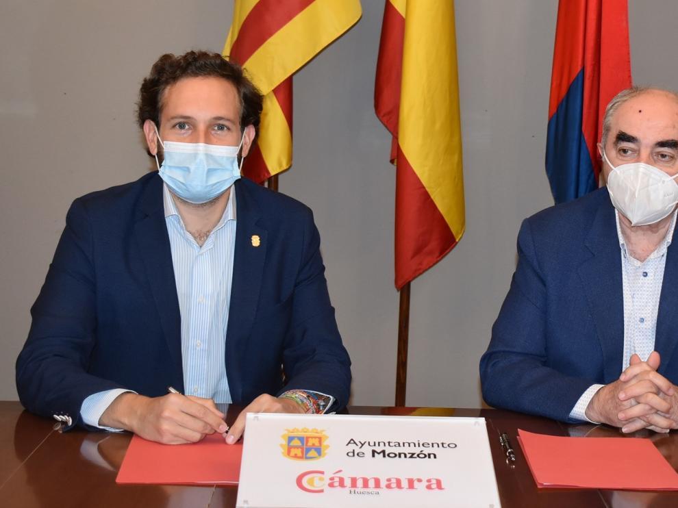 Convenio del Ayuntamiento de Monzón y la Cámara de Comercio para la prestación de servicios