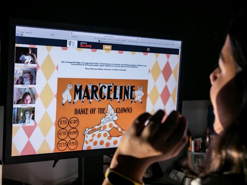 Oscape sigue su vocación pionera e incorpora juegos online y en inglés