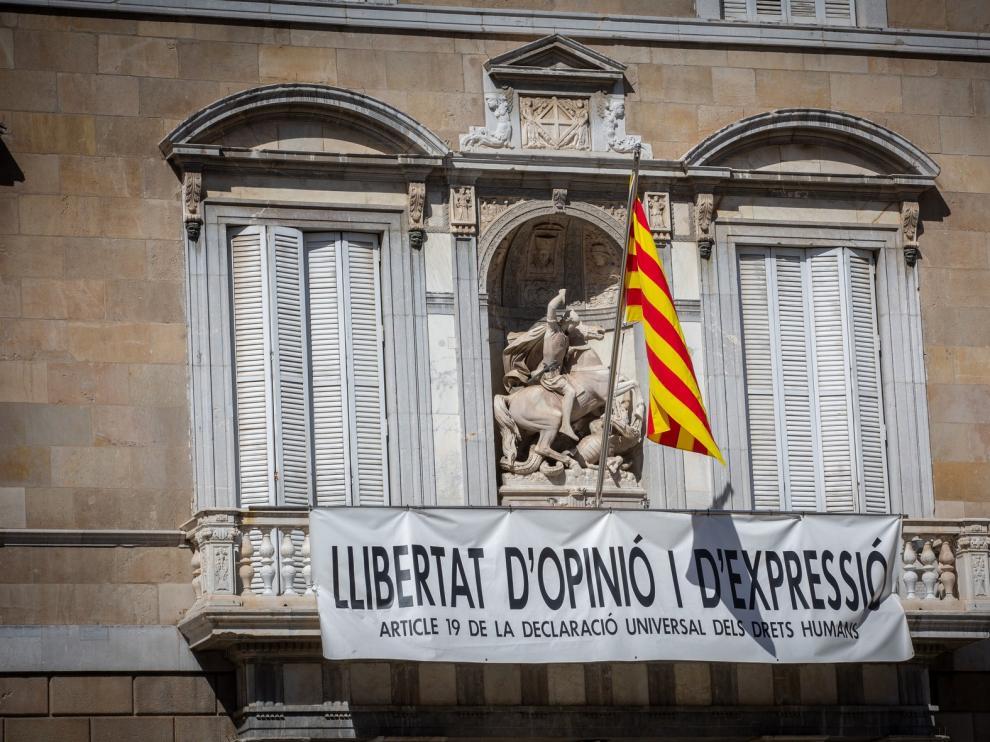 Torra recibe la notificación de la sentencia y deja de ser presidente de la Generalitat