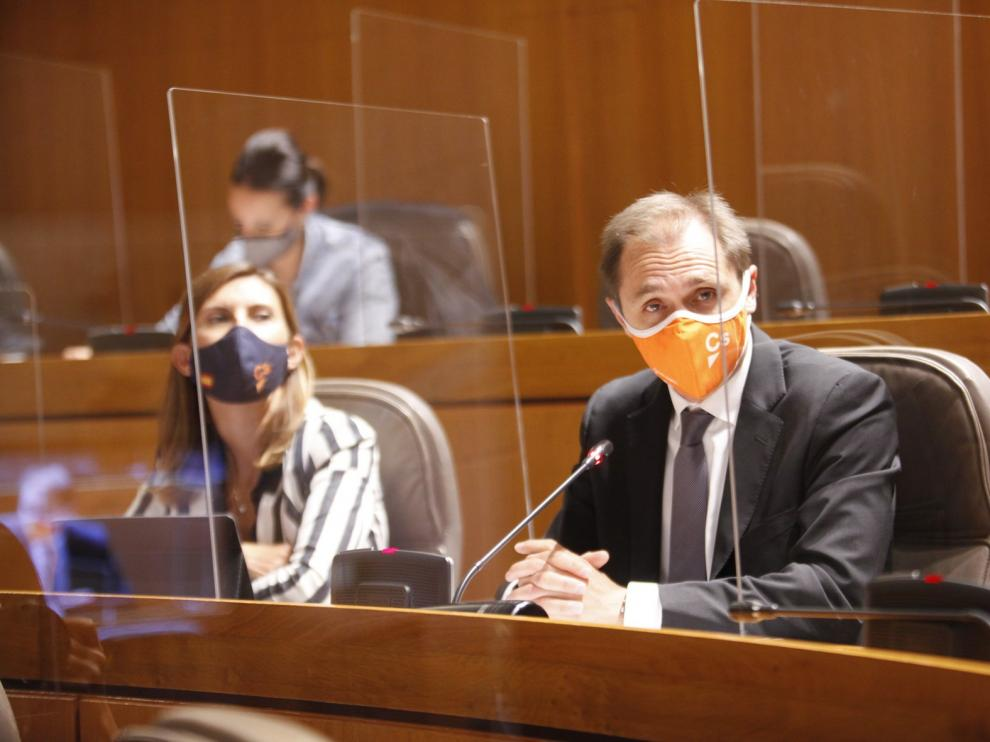 Las Cortes de Aragón piden medidas que protejan a los colectivos de riesgo