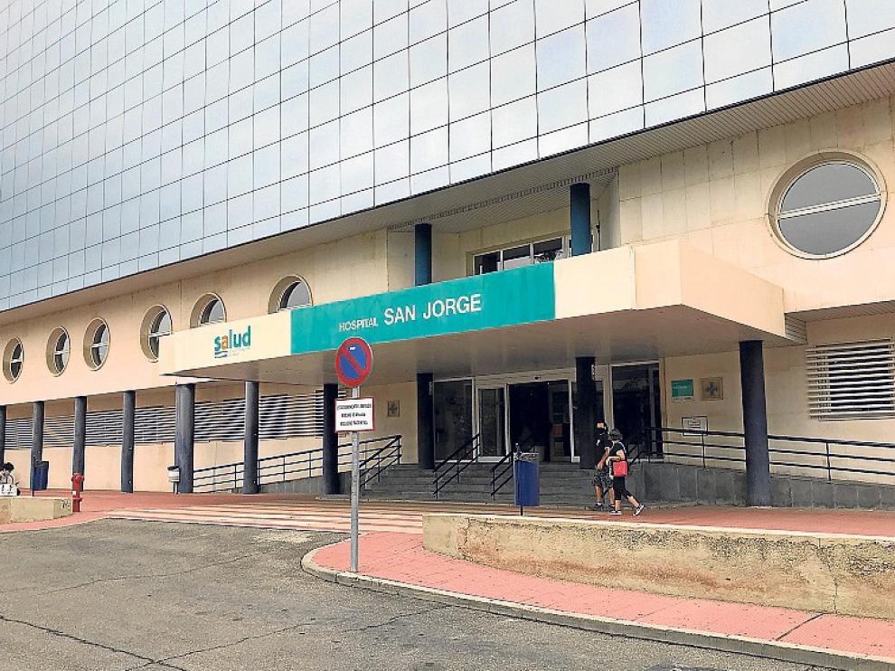 """La UCI de San Jorge soporta """"cada vez más presión"""" por la pandemia"""