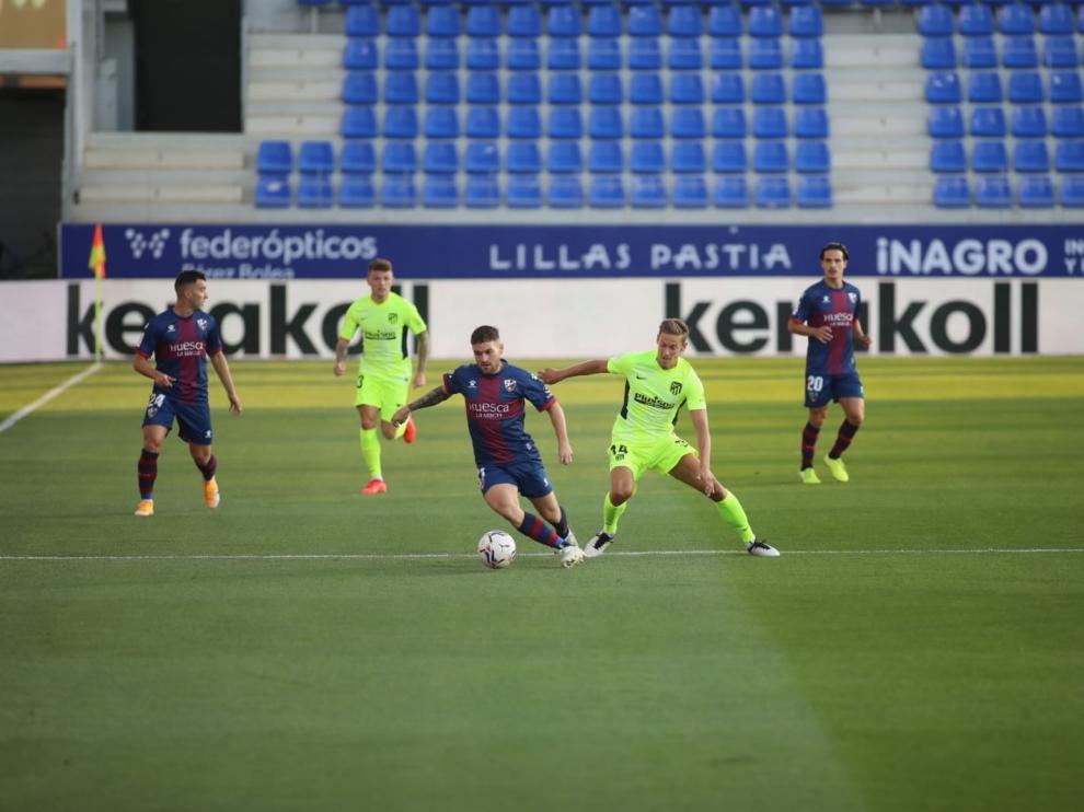 Partidazo y puntazo del Huesca ante el Atlético de Madrid (0-0)