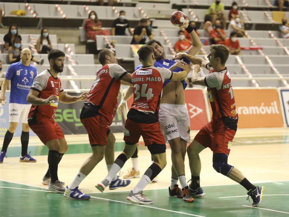 Bada trata de conseguir su primer triunfo en Pontevedra