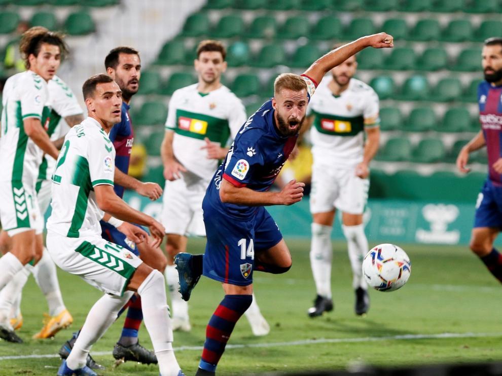 Partido disputado entre el Elche CF la SD Huesca