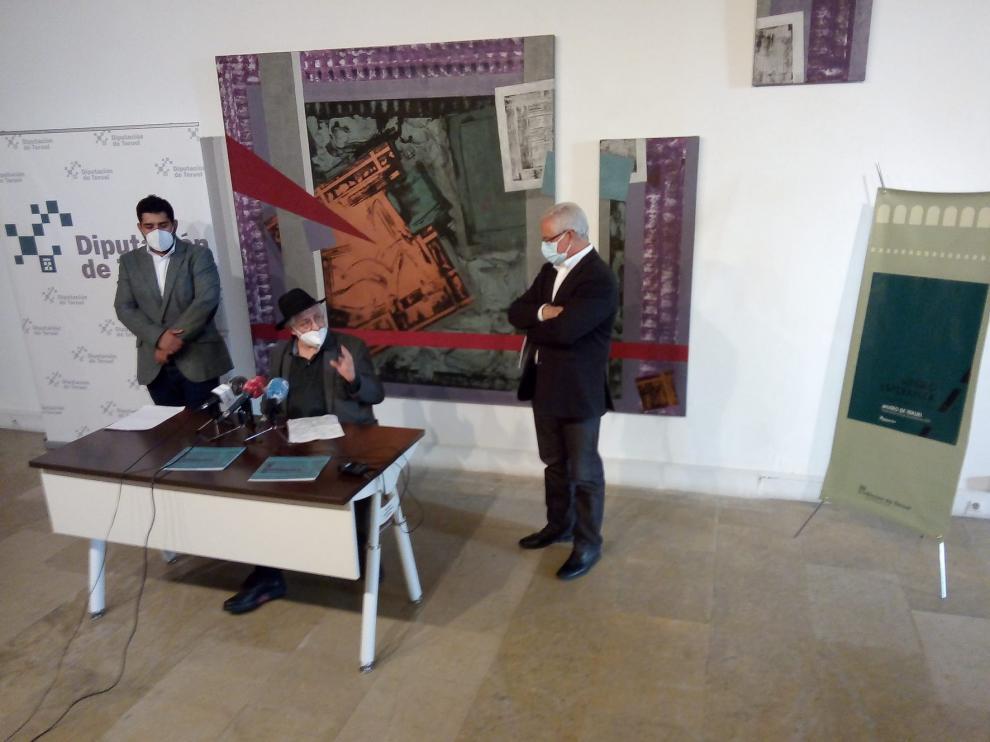 Miguel Ángel Encuentra protagoniza la exposición 'Negro Esperanza'en el Museo de Teruel