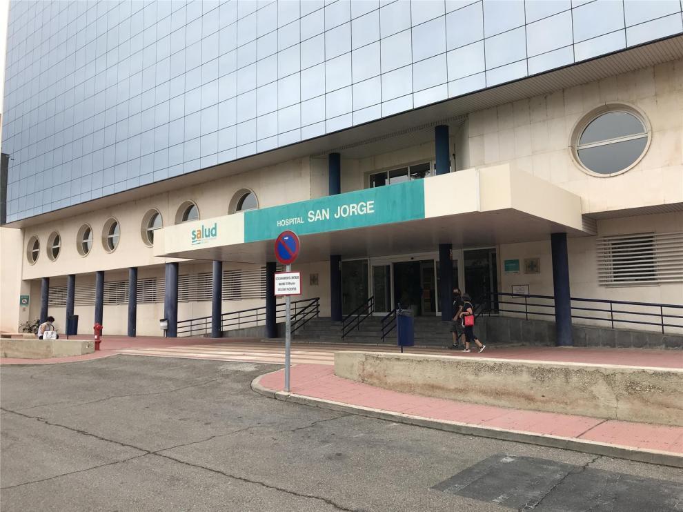 El hospital San Jorge de Huesca incrementa sus camas de UCI en 4 desde la semana pasada