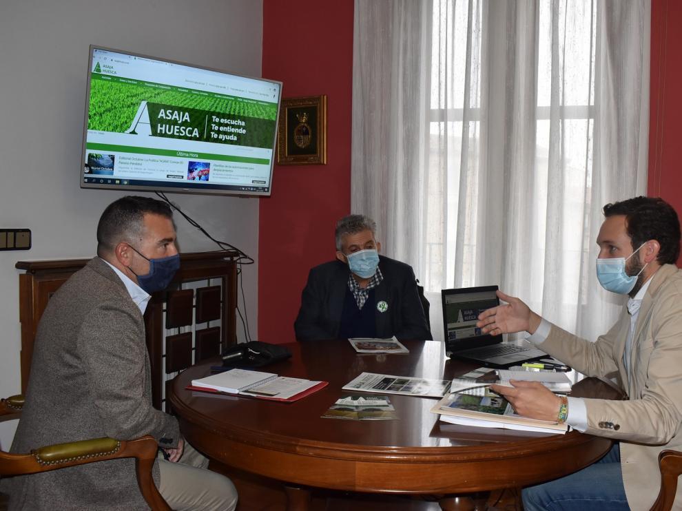 El Ayuntamiento de Monzón y Asaja buscan unir fuerzas en su apuesta por el sector primario