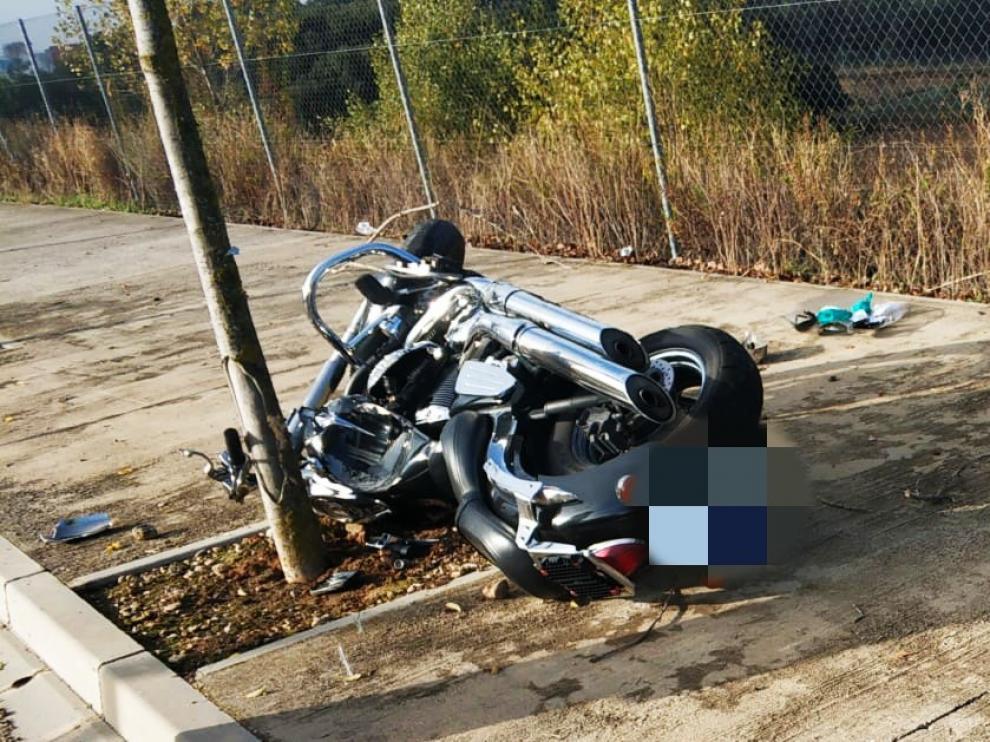 Un hombre resulta herido de gravedad en Huesca al sufrir un accidente de moto a la altura de Decathlon