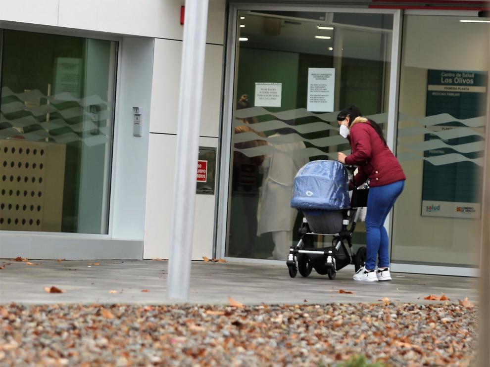 La flexibilización de las restricciones de cara a la Navidad preocupa al personal sanitario de Huesca