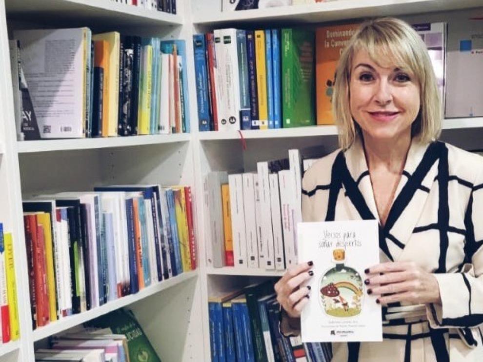 Gabriela Lardiés estimula a los niños a través de la poesía