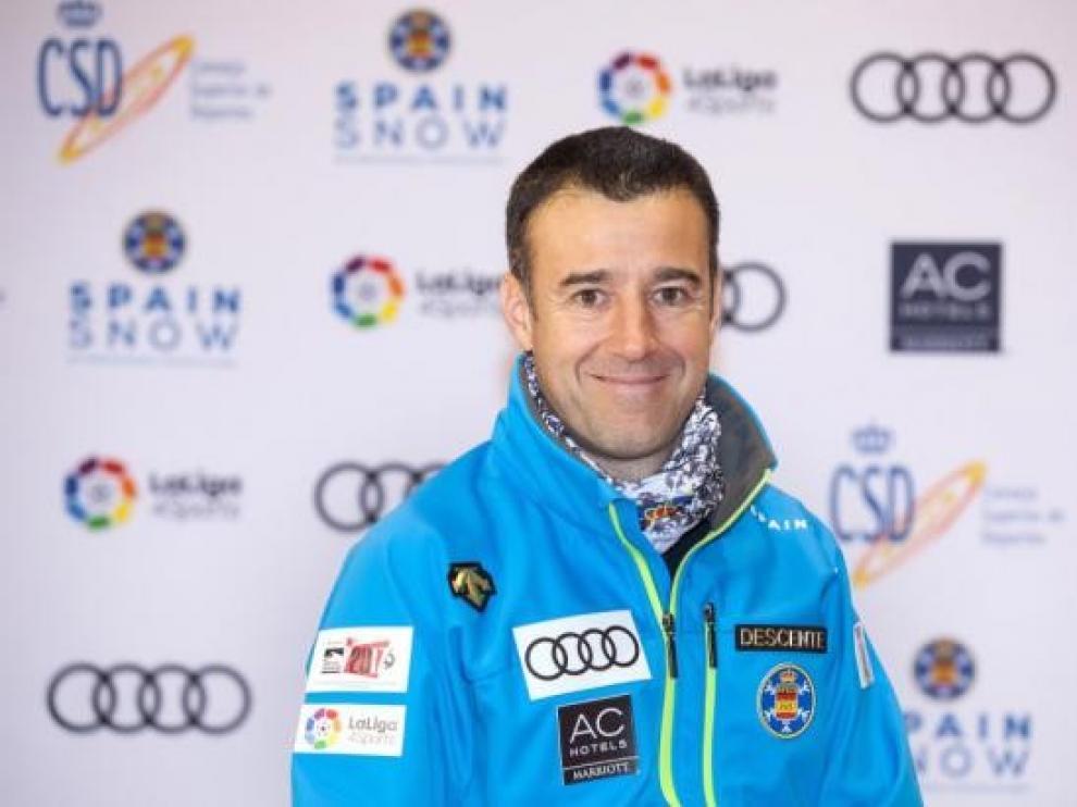 """May Peus defiende las estaciones de esquí y este deporte para """"contener la pandemia"""""""