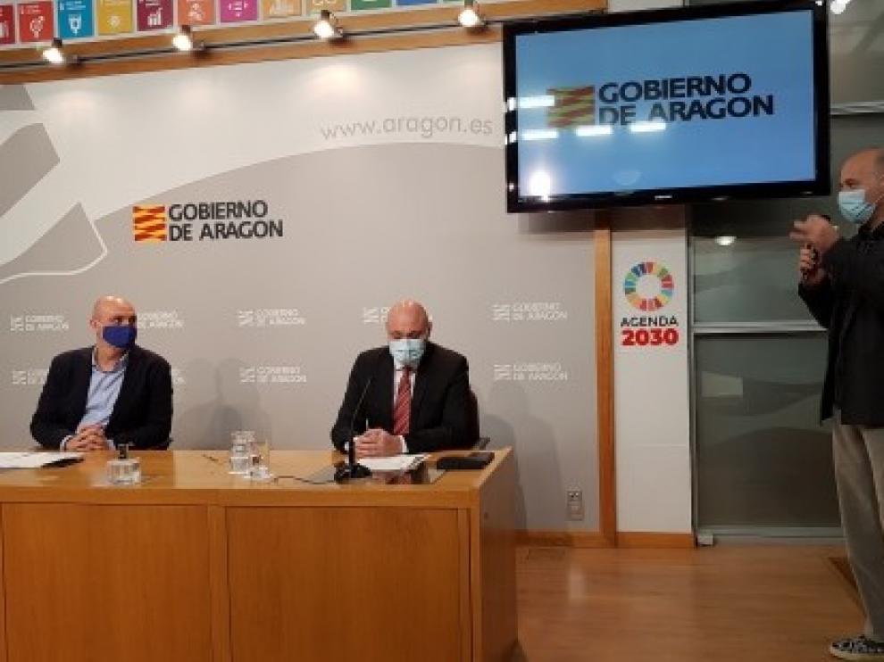 Joan Manuel Serrat, Loquillo, Javier Ruibal e Ismael Serrano participarán en el concierto-homenaje a Joaquín Carbonell