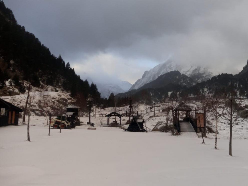 Llanos del Hospital prevé iniciar la temporada de esquí el próximo domingo