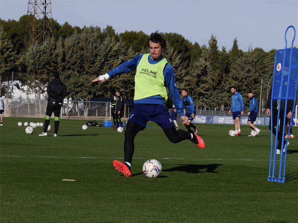 El Huesca viaja a Granada con 23 jugadores