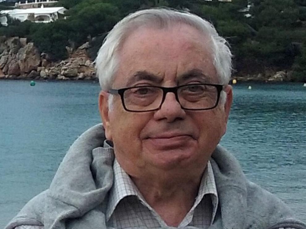 """Antonio Naval Mas: """"El libro aporta el punto de vista de la historia de la arquitectura"""""""