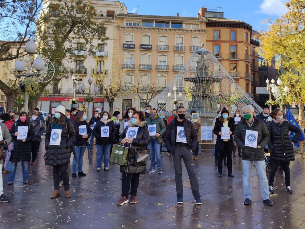 Los interinos se movilizan en Huesca para visibilizar su situación actual