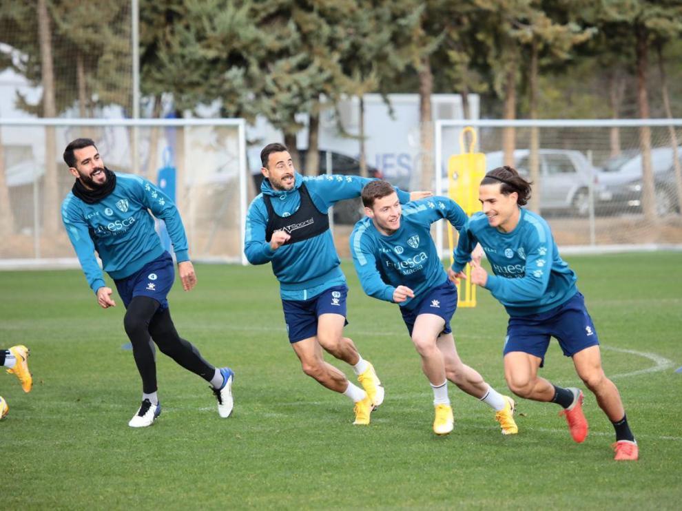 El Huesca llega a Marchamalo con 17 jugadores