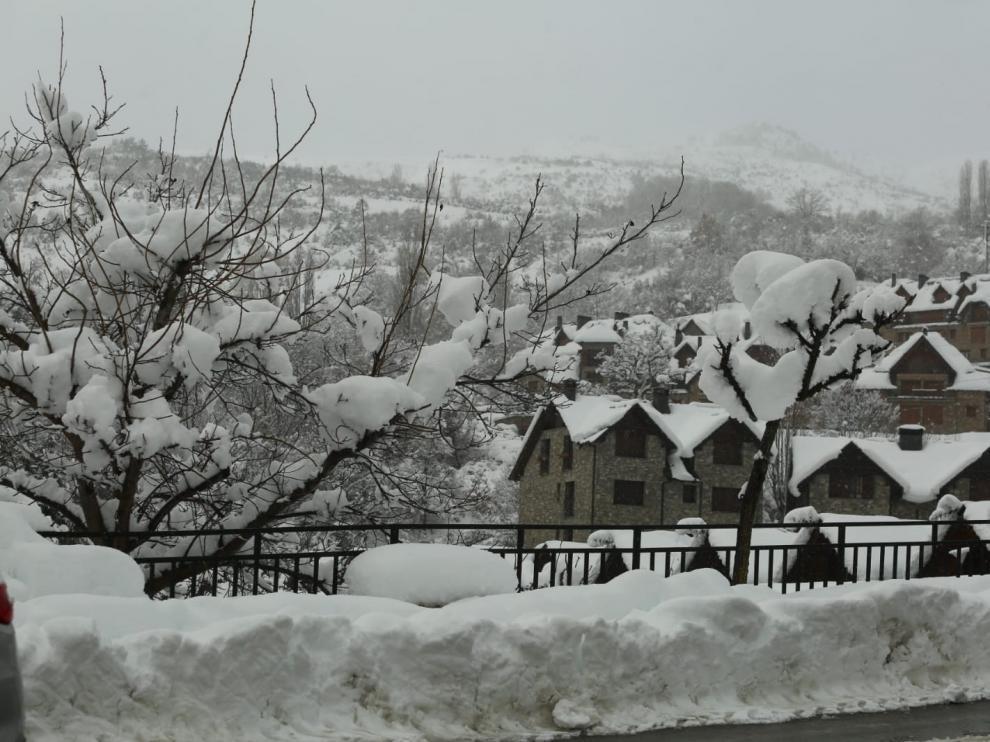 La demanda para comprar vivienda en zonas de esquí de la provincia de Huesca se redujo un 2%