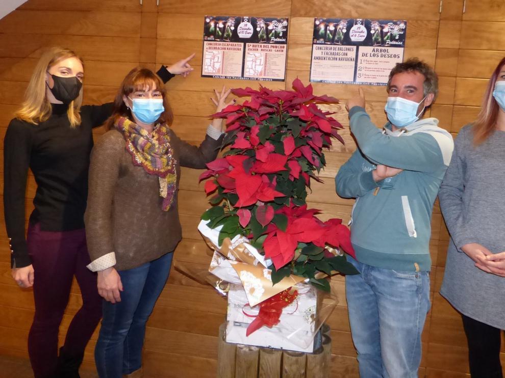 Biescas organiza concursos y pone su Árbol de los Deseos