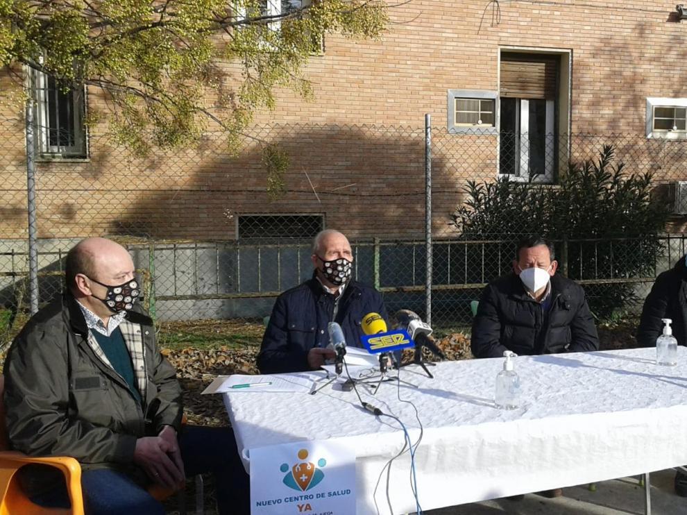 Una campaña reivindica en Barbastro la ampliación del centro de salud