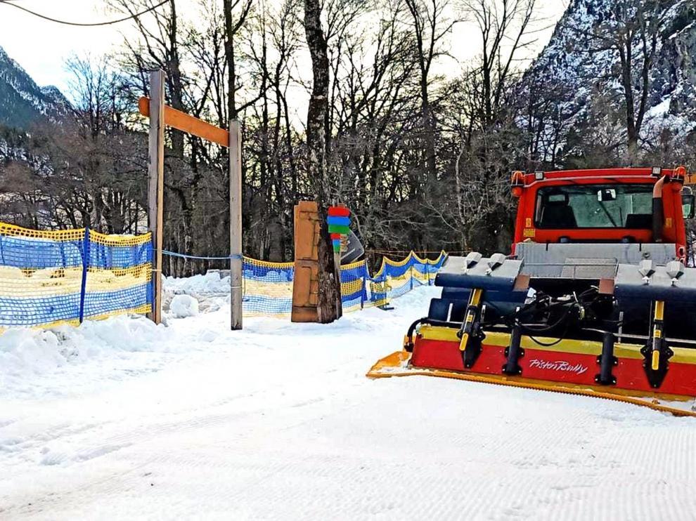 El balneario de Panticosa abre este jueves los circuitos de esquí de fondo y raquetas