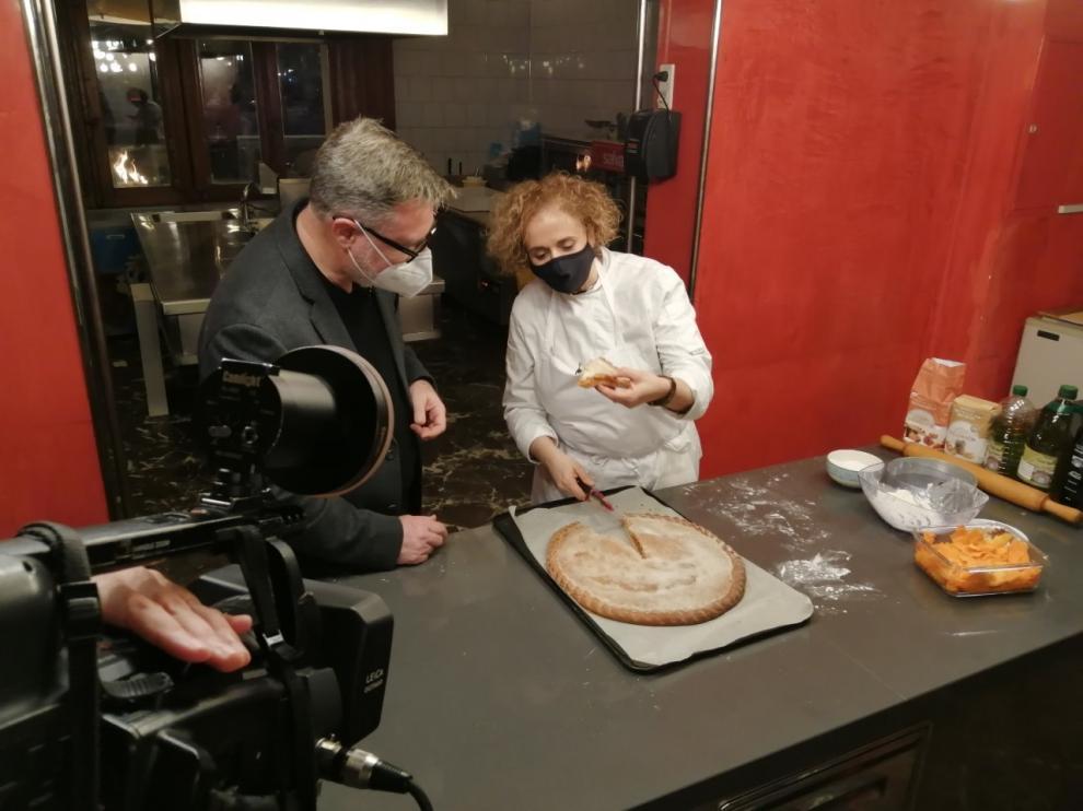 Huesca TV lleva a las pantallas el arte de elaborar empanadicos