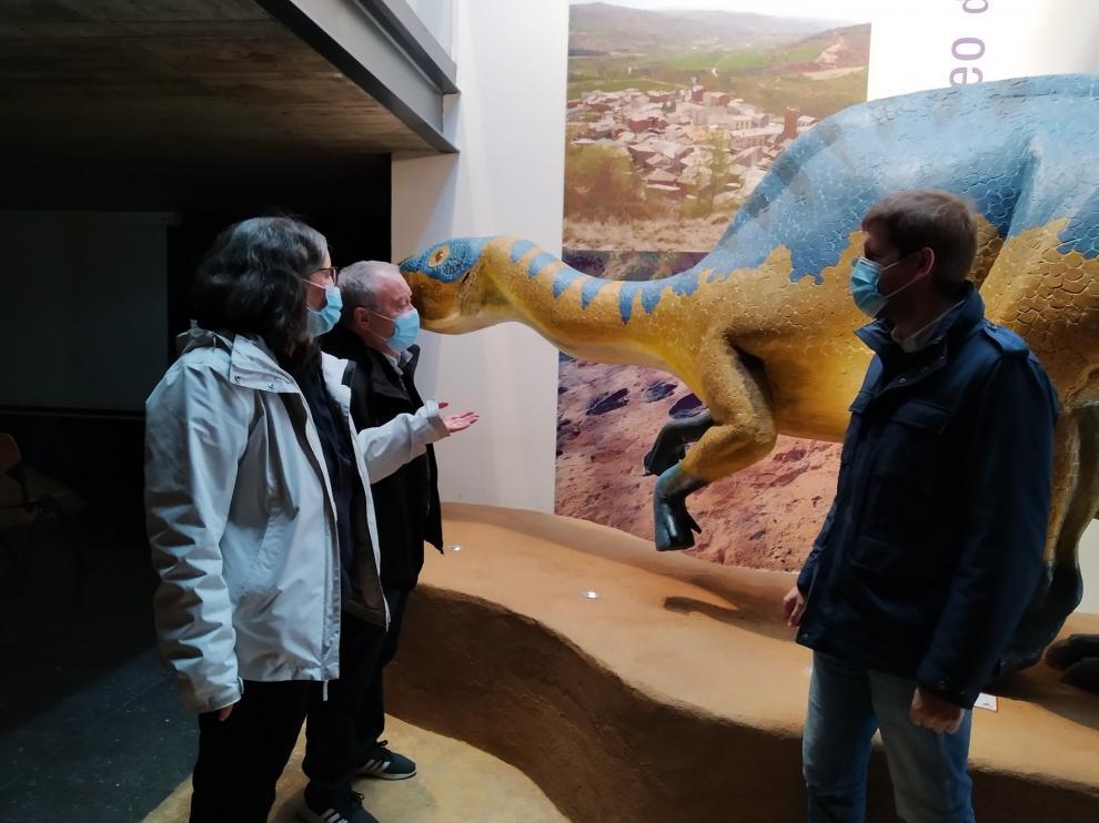 Arén mejora su yacimiento de icnitas y el Museo de Dinosaurios